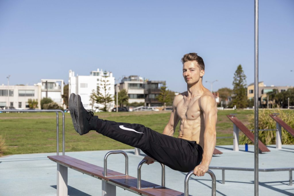 Calisthenics street workout – The new bodyweight training craze